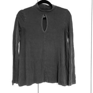 American Eagle long sleeve shirt chest cutout